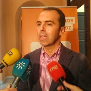 Millán pide consensuar con hosteleros el uso de los veladores y primar el interés general en caso de conflicto. PRENSA