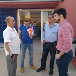Ciudadanos denuncia la situación de abandono en las zonas verdes de las instalaciones deportivas de Vega de Triana