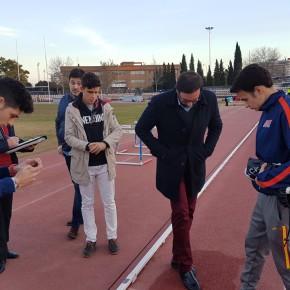 """Moraga (Cs) exige """"una solución para los atletas ante el peligroso estado de la pista deportiva de San Pablo"""""""