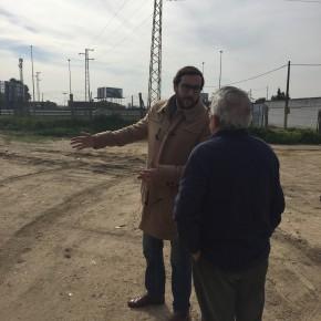"""Moraga (Cs) urge al vallado del Cercanías en el Parque Guadaíra y pide que """"el gobierno cumpla con el prometido acceso desde Padre Pío"""""""