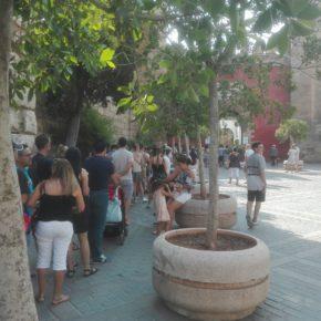 """Millán denuncia """"un aumento de las colas en el Alcázar por averías en las taquillas"""""""