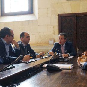 """Millán: """"Ciudadanos moderniza la movilidad en Sevilla con el BTR a Sevilla Este y la apuesta por la conexión al aeropuerto"""""""