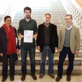 Moyano (Cs) apuesta por introducir en el próximo presupuesto la campaña 'Adopta un alcorque' que propone la Red Sevilla por el Clima