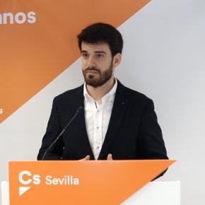 """Moyano (Cs) presenta 5 medidas naranjas para """"mejorar la convivencia de los sevillanos y mascotas"""""""