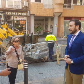"""Moraga (Cs) denuncia la """"falta de transparencia y consenso con los vecinos"""" en la peatonalización del mercado de Los Remedios"""