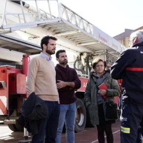 """Moyano (Cs) denuncia que el gobierno del PSOE """"tiene desatendido al servicio de bomberos en Sevilla"""""""