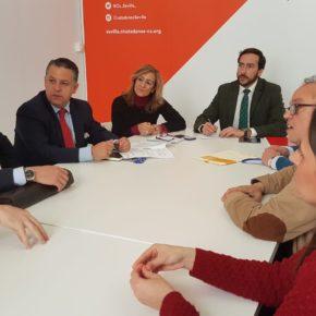 """Moraga (Cs) pide """"un plazo lógico y apoyo al comercio tradicional"""" para la retirada de rótulos en el centro"""