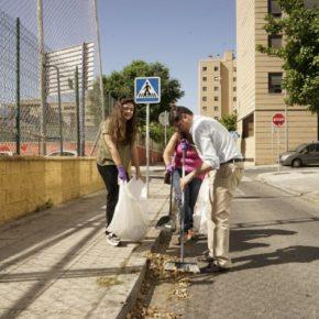 """Pimentel (Cs) afea a Espadas que venda turísticamente Sevilla mientras deja los barrios """"con un aspecto indecente"""""""