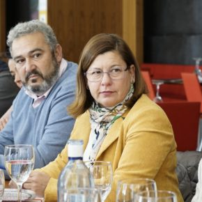 """Santa María: """"El gobierno del cambio ha sido el revulsivo que necesitaba el comercio de nuestros pueblos"""""""