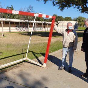"""Ciudadanos alerta de """"las numerosas deficiencias"""" del Parque de Miraflores y reclama """"un plan de mantenimiento"""" para el espacio"""