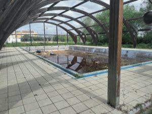 Ciudadanos Benacazón denuncia el estado de abandono de las instalaciones de la antigua piscina municipal